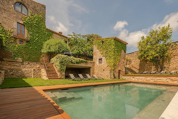 Villas in spain with private pool