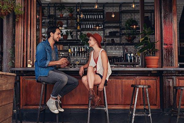 7 bares para una primera cita en Girona y la Costa Brava
